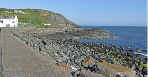 portpatrick sea wall